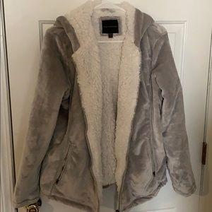 Very warm and cozy coat! Zip up and hood!